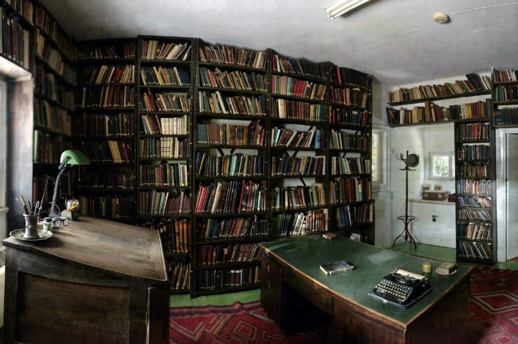 יובל יאירי, ספריית עגנון, הדפסה בהזרקת דיו פיגמנטי, 2006